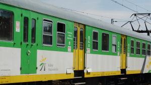 Zepsuty pociąg zablokował linię średnicową