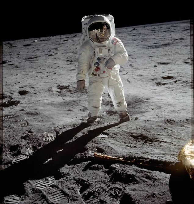 Astronauta Buzz Aldrin na Księżycu (NASA)